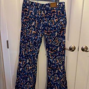 Women's Oakley ski or snowboard pants